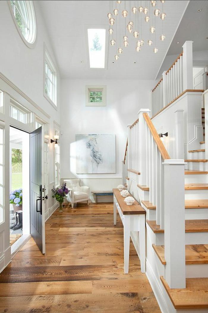 Konsoltisch Treppenhaus Treppenaufgang dekorieren