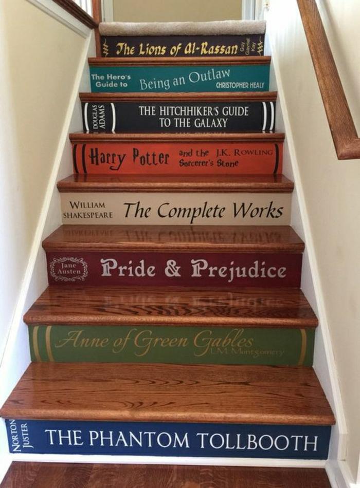 Treppenaufgang originell gestalten DIY Idee