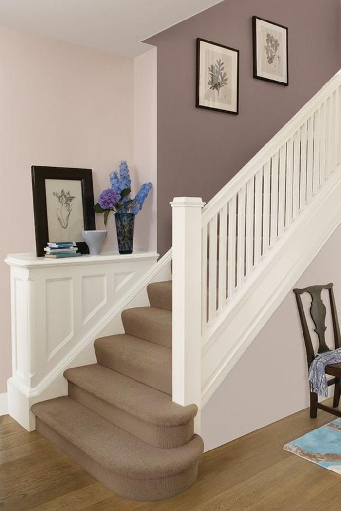 Treppenhaus klassisch und gemütlich gestalten