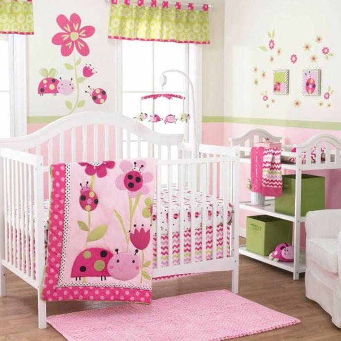 babyzimmer grau rosa alle farben der natur im kinderzimmer mädchen rosa grün gelb marienkäfer deko blumen