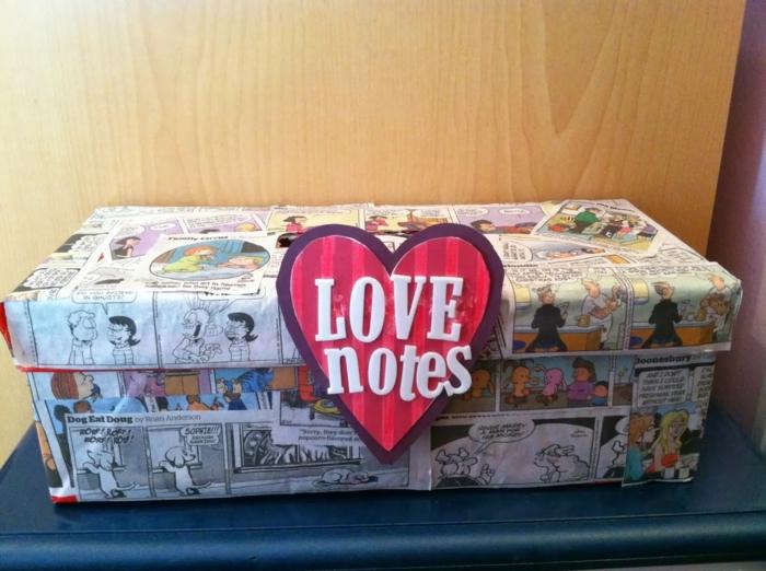 Liebesbriefe zum Valentinstag in einer originelle Schachtel sammeln - Bastelideen mit Schuhkarton