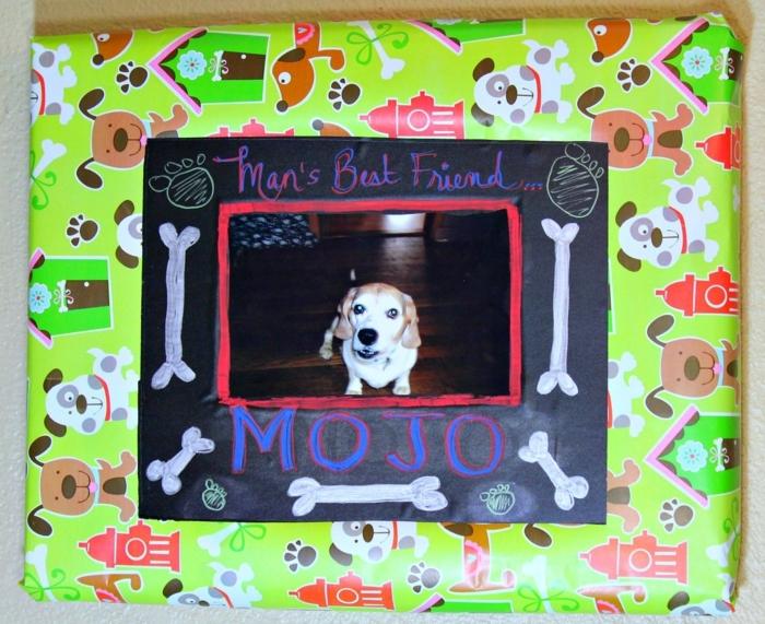 Basteln mit Karton - Geschenk für das Hündchen mit seinem Foto und bemalte Knochen