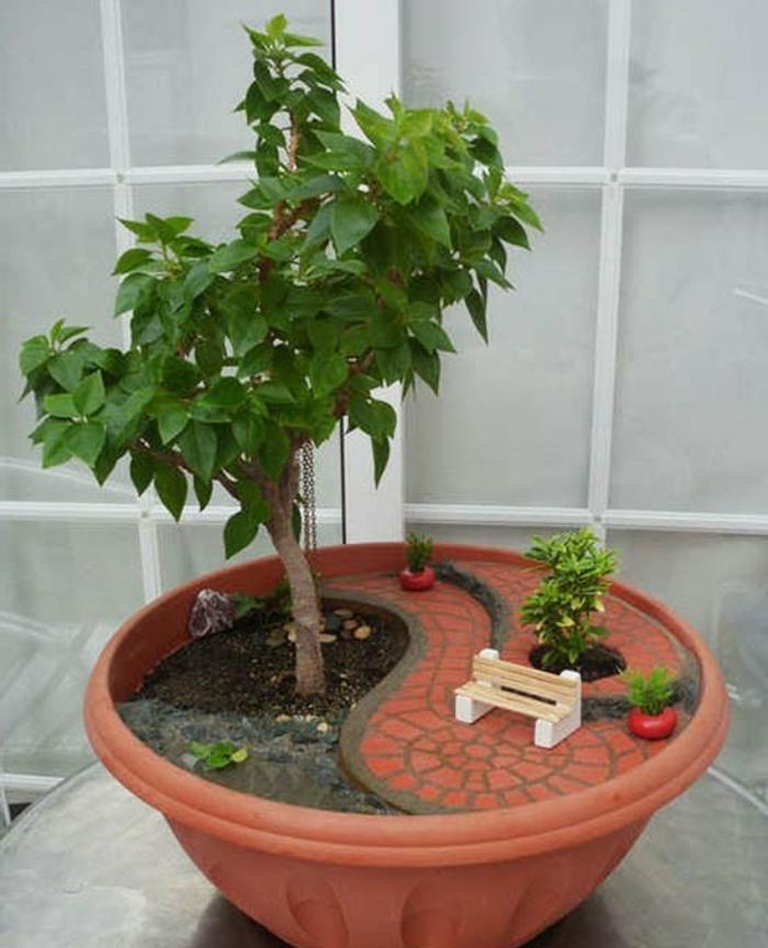 blumentöpfe selber machen dekoideen zum entnehmen tolle pflanzenidee pflanze als baum im garten idee