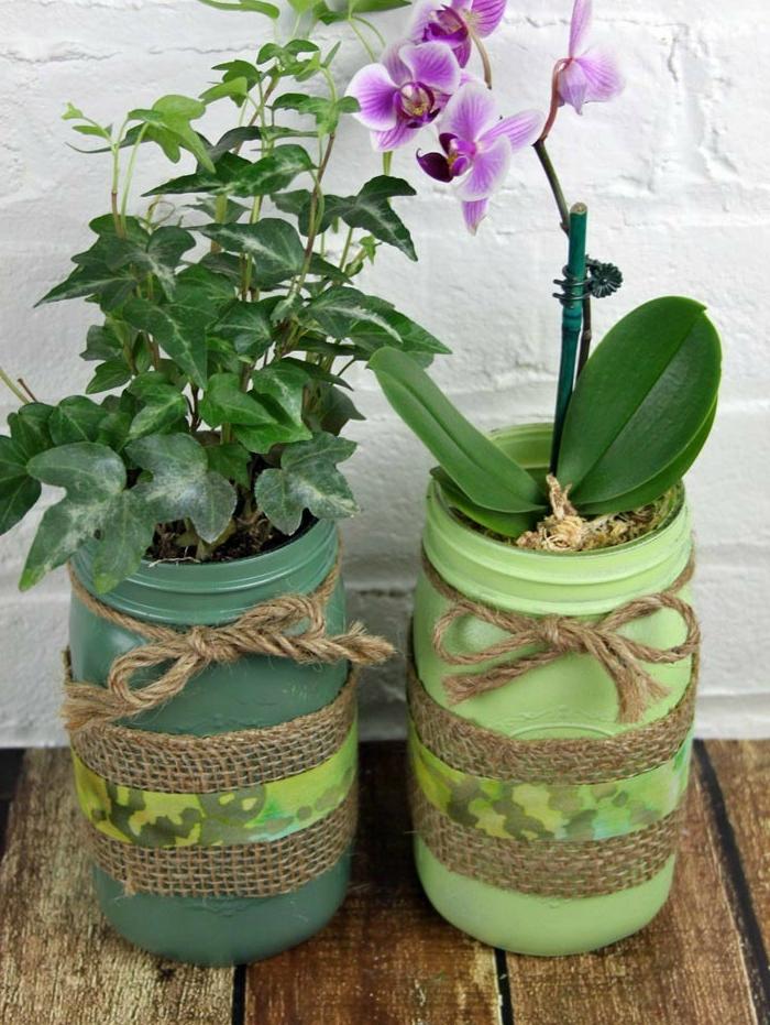 blumentopf übertöpfe selber machen dekoration in militarischem stil orchidee lila blume grüne pflanze