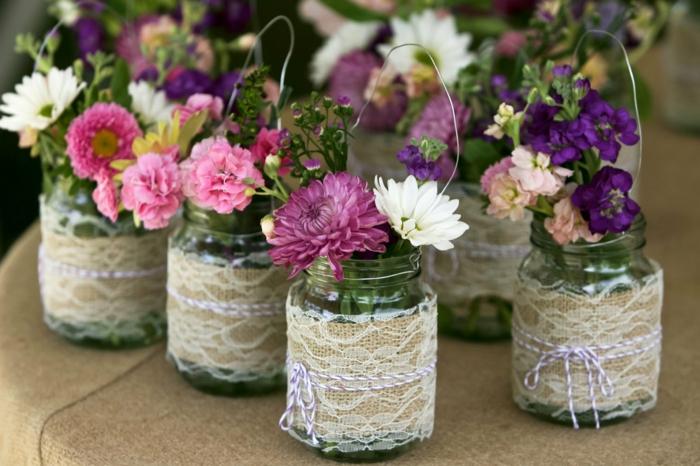 blumentopf übertöpfe selber machen ideen glas spitze dekoration für blumen rosa lila weiß blau dekoration