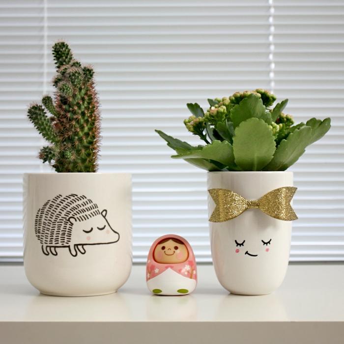terracotta töpfe bemalen tiere und interessante wesen auf den töpfen schaffen gestaltungsideen deko