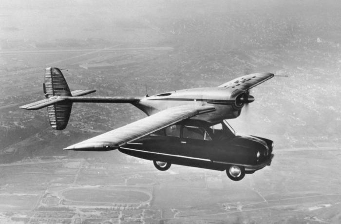 ein bild von einem der ersten fliegenden autos - das ist modell 118 convair car