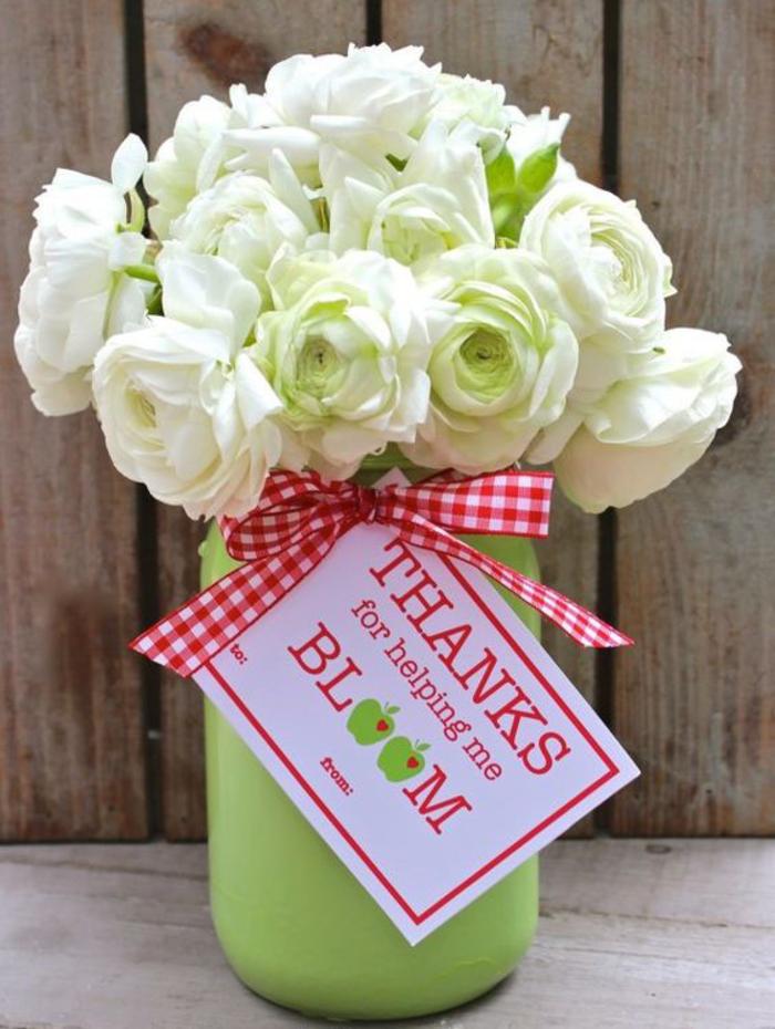 abschiedsgeschenk, rosenstrauss, personalisierte botschaft, abschiedsparty planen