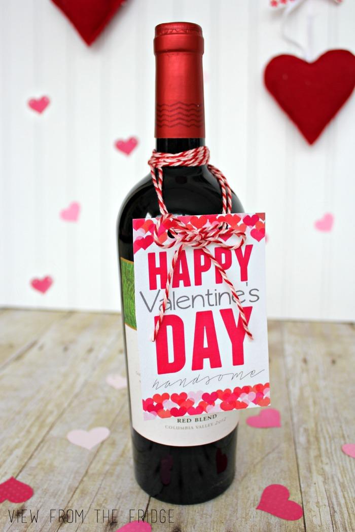 flaschenanhaenger, geschenk zum valentinstag, romantische ueberraschung, wein verschenken