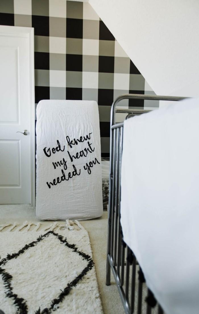 babyzimmer komplett set ideen zum lustigen design und gestaltungsideen, schwarz weißes zimmer, eltern und kinder