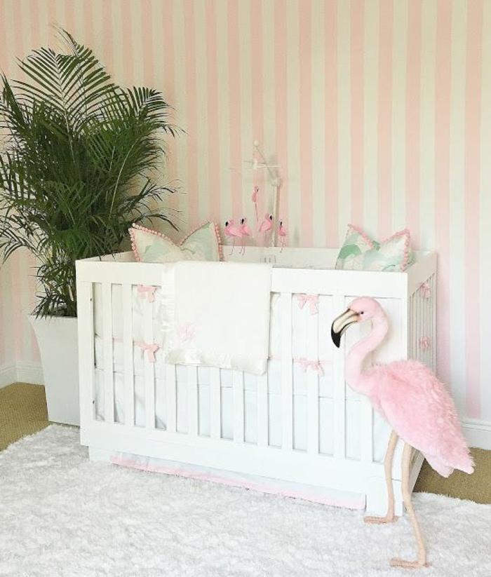 einrichtung kinderzimmer ideen weißes bett flamingo blumen palme grüne pflanze kissen ideen teppich