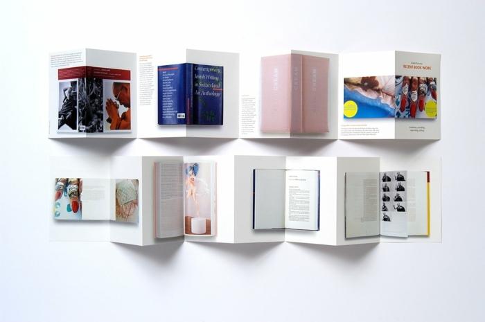 Flyer falten für eine Buchhandlung Leporello selber machen mit gedruckte Umschläge