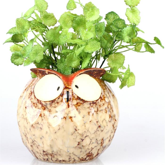basteln mit blumentöpfen dekorativer blumentopf design idee einmalig eule deko grüne pflanze