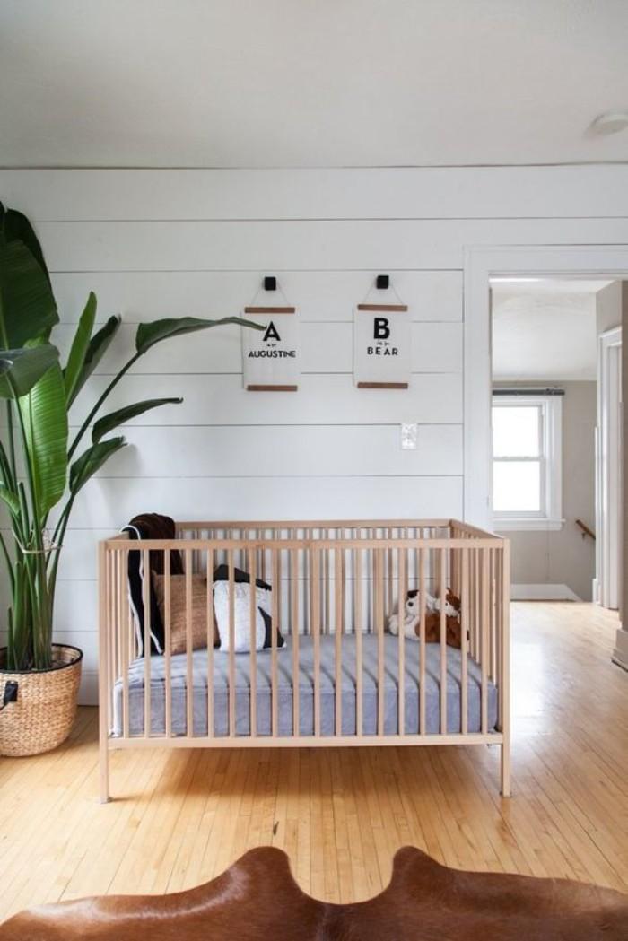 wandtattoo kinderzimmer mädchen, babyzimmer ideen a und b aufschrift an der wand der name von dem baby