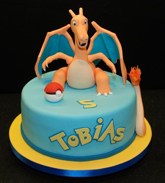 dragon pokemon, drachen pokemon mit flügeln, ein pokemon wesen - idee für eine pokemon torte