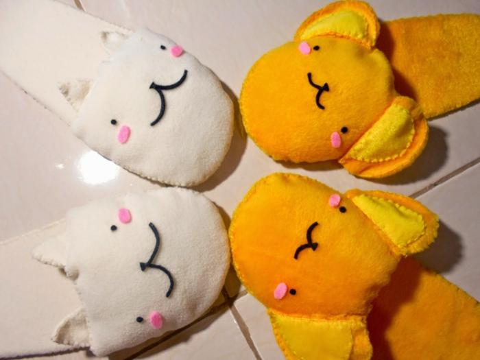 niedliche Hausschuhe zum Tragen im Kindergarten -Katze und Bär
