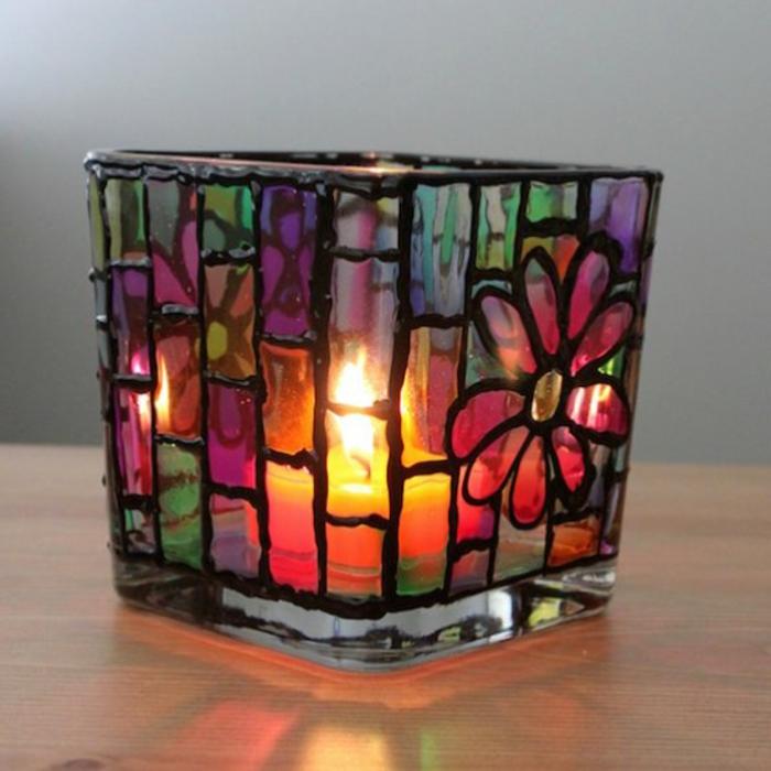 teelicht, buntes glas mit blumen, farbe, glas bemalen