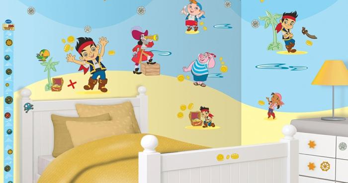 alle Helden aus der Disney Animation - in blauem und gelbem Hintergrund Wandgestaltung Kinderzimmer