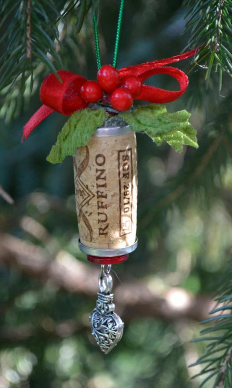 tannenbaumschmuck, weihnachtsschmuck, silbernes herz, tannenbaum