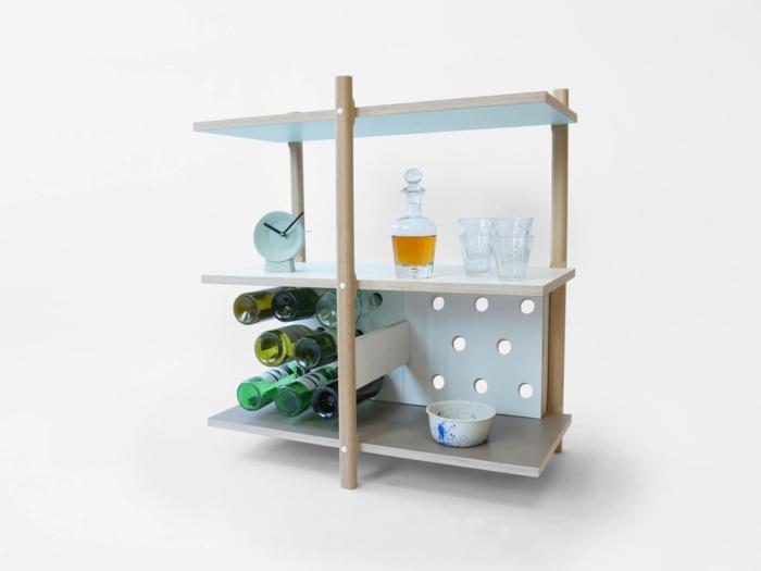 weinregal wand feine dekoration dekorative möbel in dem zuhause ideen gestaltung flaschen uhr schüssel
