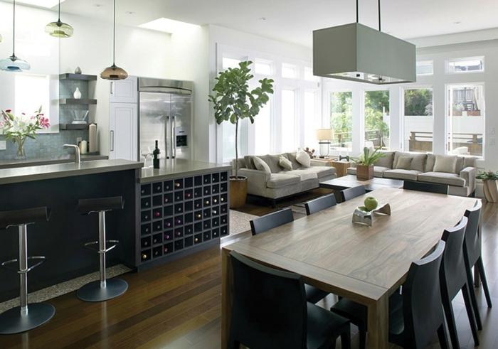 weinregal in der küche scpezielle einrichtung für weinliebhaber hängende lampe schrank stühle sofa sessel
