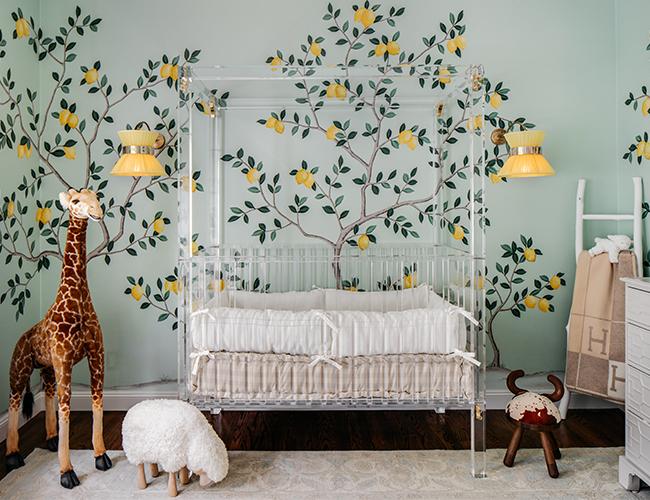 babyzimmer mädchen in feng shui design, giraffe, babybett, wandtapete kinderzimmer junge, mintgrün