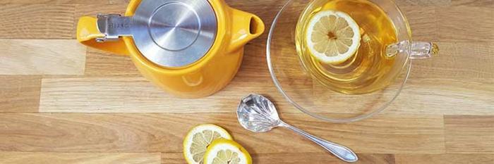 gesunde Ernährung, gesunde Lebensmittel, Zitronentee, Ginkgo Tee, Teekanne, Teelöffel