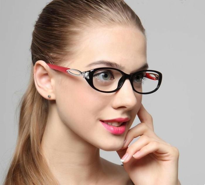elegante und moderne Brillen Damen Rahmengestell in zwei Farbtönen