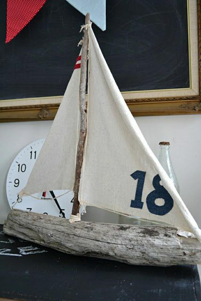 Segelschiff basteln mit Treibholz canvas stoffreste