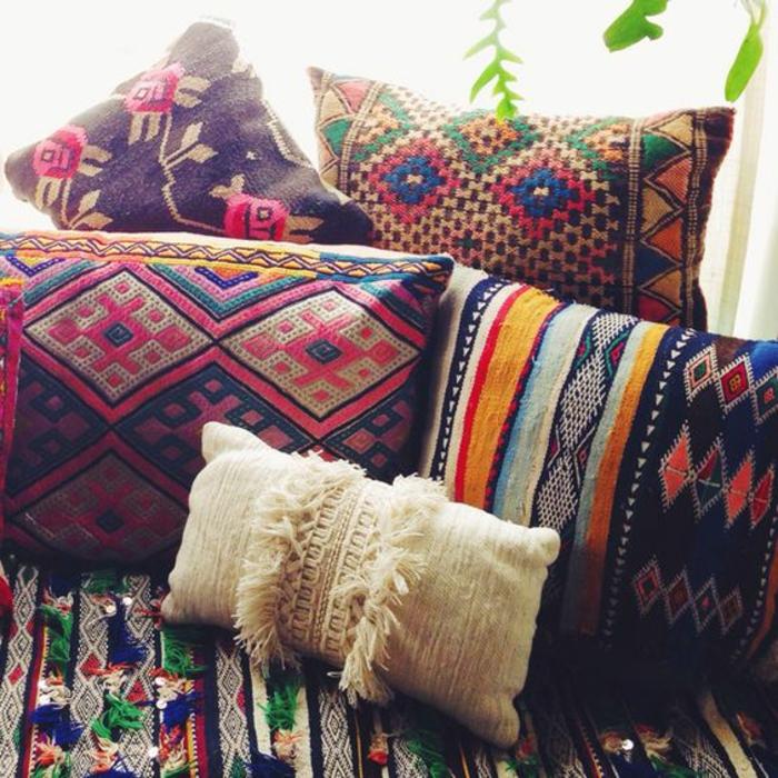 marokkanische lampen orientalische kissen farben muster tolle dekoration einzigartig bunt und interessant
