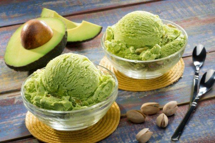 avocado rezept zum genießen nachtisch dessert für die seele pistazien und avocado creme mischung genießen
