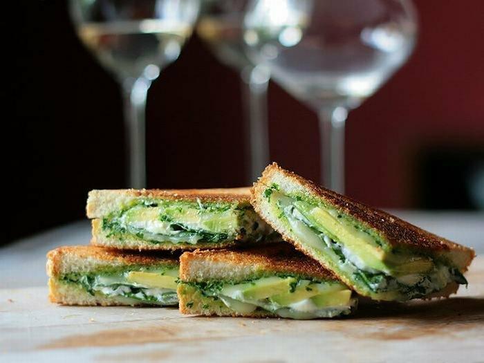 avocado rezepte zum genießen sandwiches mini für eine party lassen sich mit weißem wein kombinieren lecker