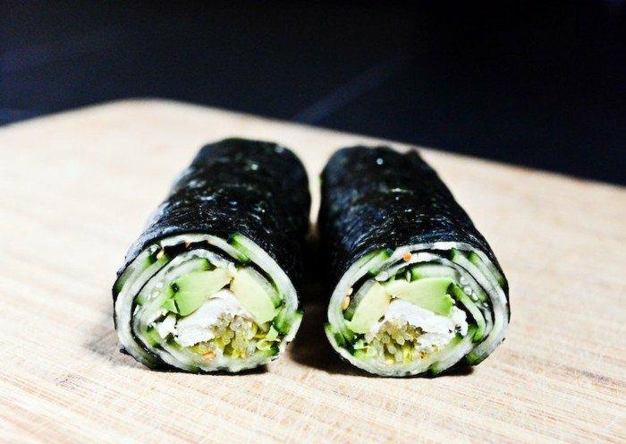 avocado rezepte ideen wie man selber sushi mit avocado und gurken machen kann philadelphia käse japanisch kochen