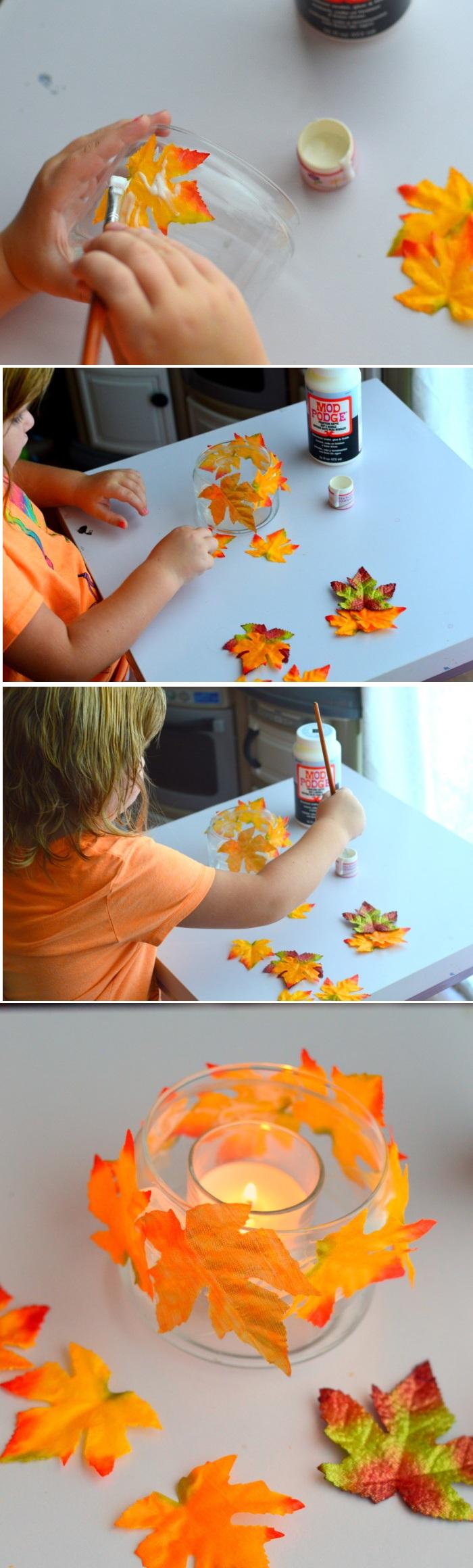 basteln mit kindern, kerzenhalter aus glas dekoriert mit blättern, klebstoff, herbstdeko