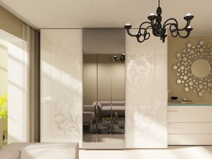 modernes Design Kleiderschrank Schiebetür mit Spiegelglas antiker Kronleuchter