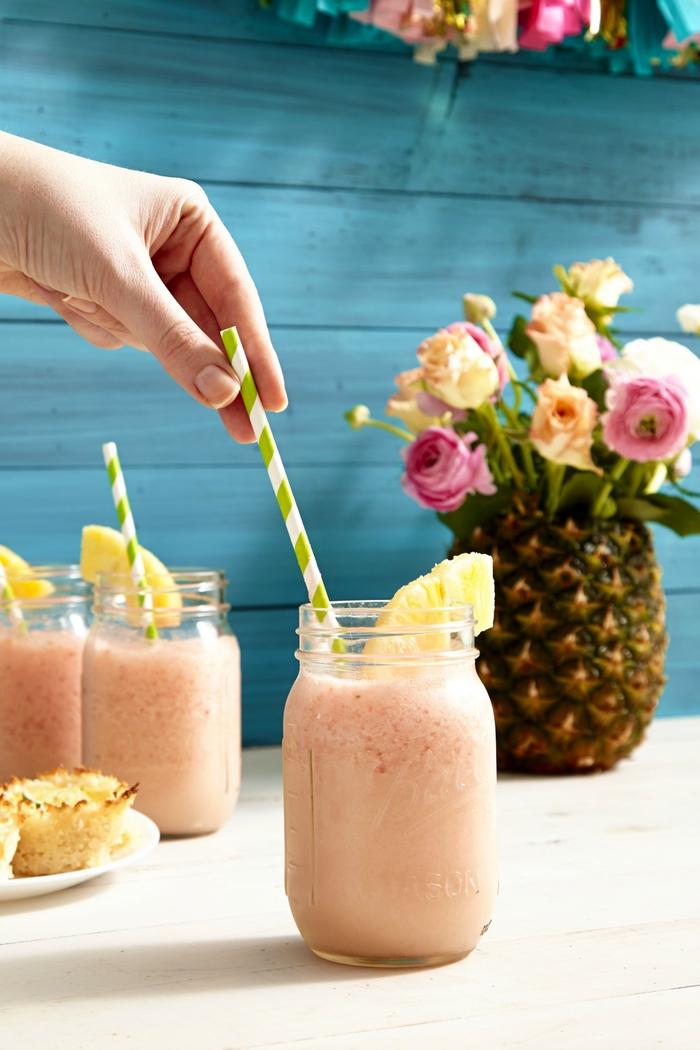 """Cocktails mit Ananassaft selber machen, """"Pina Colada"""", süß und lecker, coole Frauengetränke"""