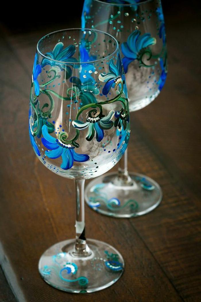 gläser dekorieren, glas bemalen, verzieren, blauen blumen, diy