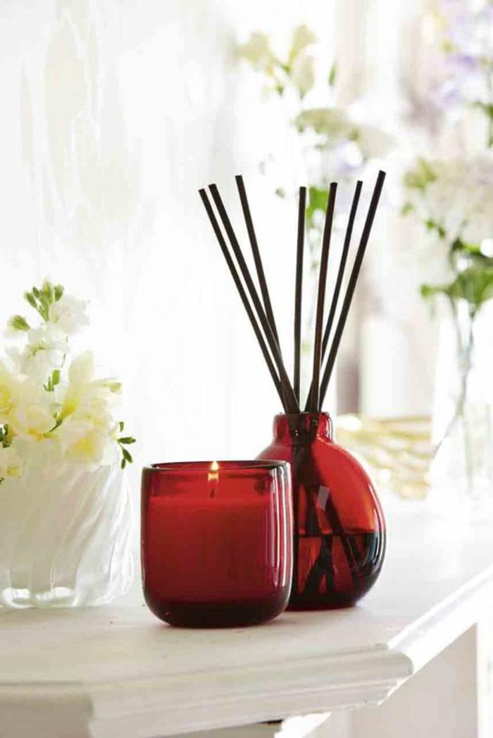 duft und raum, roter kerzenhalter, kerze, duftkerze, raumerfrischer