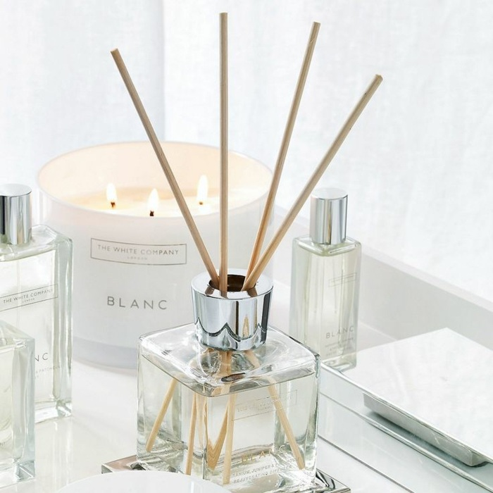 parfume, parfumflasche, raumduft, duftkerzen, kerzen, dekoartikel