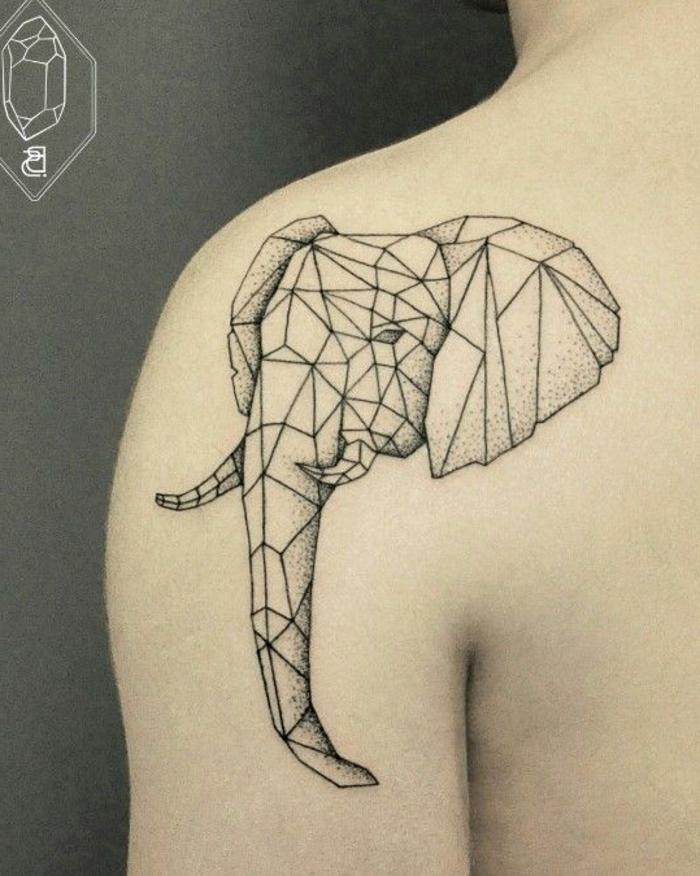 hier zeigen wir ihnen eine idee zum thema origami tattoo - ein tattoo mit einem origami elefant auf dem schulterblatt