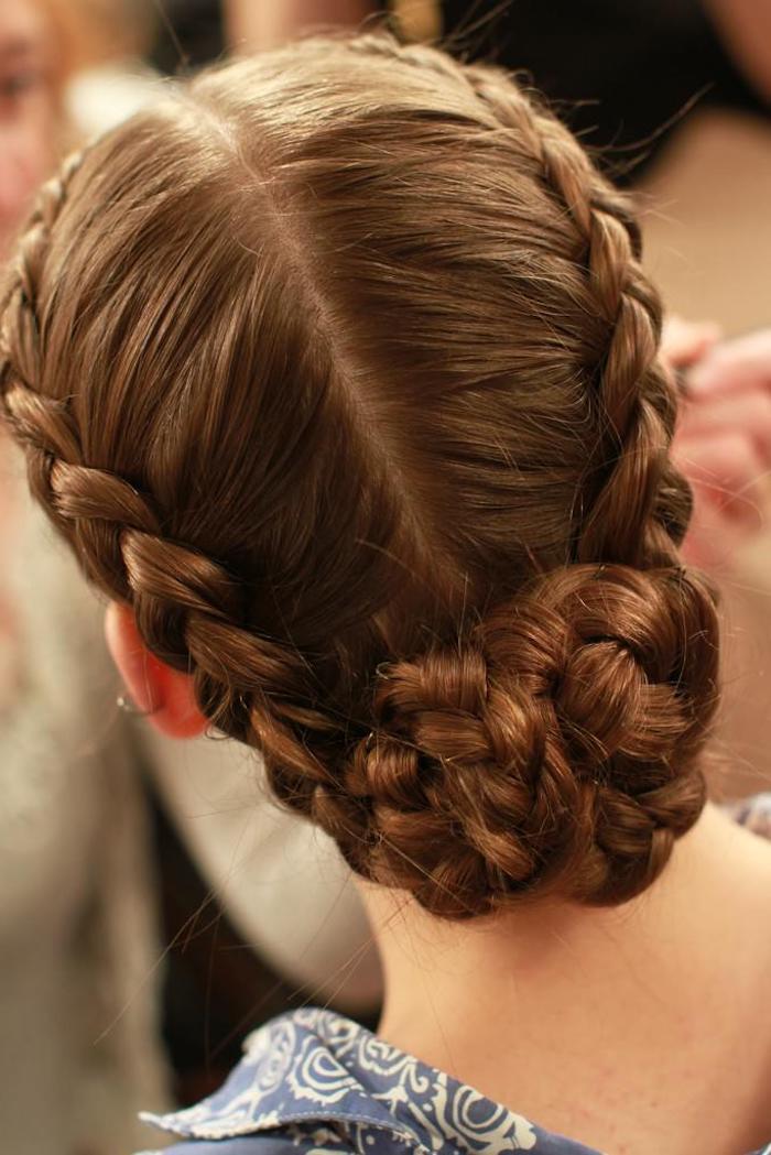 fashion showe frisuren mittelalter flechtfrisuren hochgesteckt braune haare frisuren für lange haare inspiration