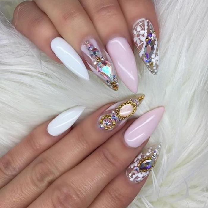 kunstnägel spitz elegante idee extravagant und wunderschön rosa nagel weißer nagel und dekorierte mit steinen