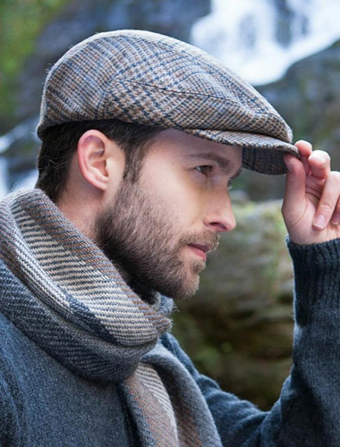klassiker aller kappen caps urmodell flatcap für männer und frauen unisex modell schall foto mann mit bart