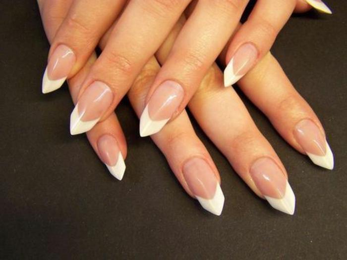 nägel bilder ideen zum gestalten french nägeldesign ideen tolle form der fingernägel weiß und rosa lack