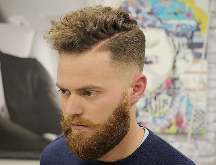 frisueren fuer lockiges haar, kurze frisur, locken stylen, maennerhaar