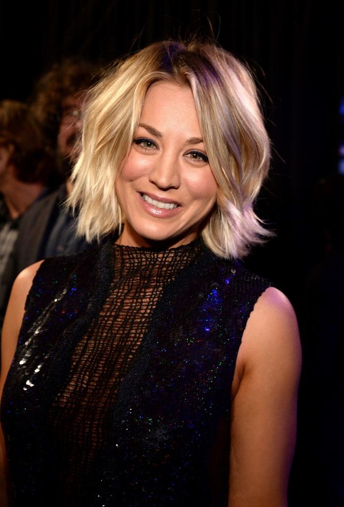 Kaley Cuoco, kinnlanger Haarschnitt, blondes Haar, Ideen für tolle Kurzhaarfrisuren