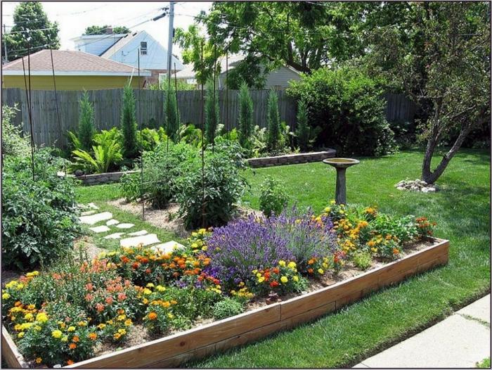 Gemüse und leicht zu züchtende Blumen in verschiedenen Farben- pflegeleichtes Beet