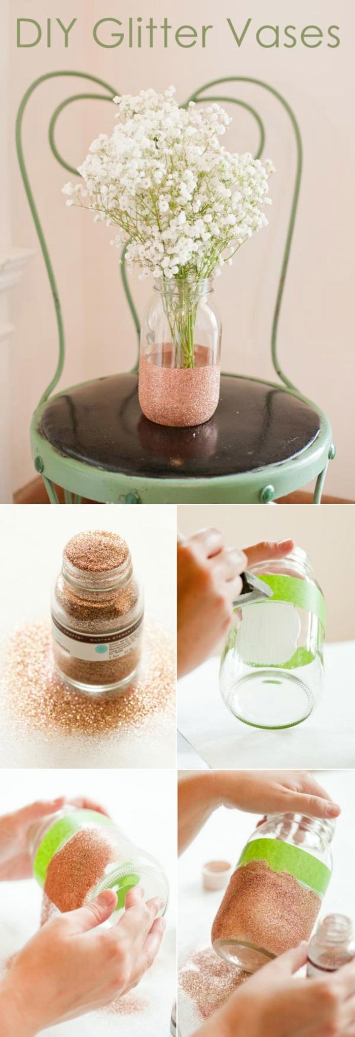 diy vase, einmachglas mit goldenem glitzzer dekorieren, klebeband, stuhl