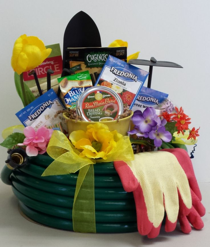 Perfekte Geschenkkorb Ideen für Hobbygärtner -viele Samen für verschiedene Blumen und Handschuhe