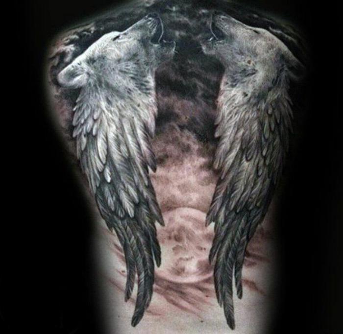 ein großer roter mond und zwei schwarze engelsflügel und noch zwei heulende wölfe - idee für einen engelsflügel tattoo für männer